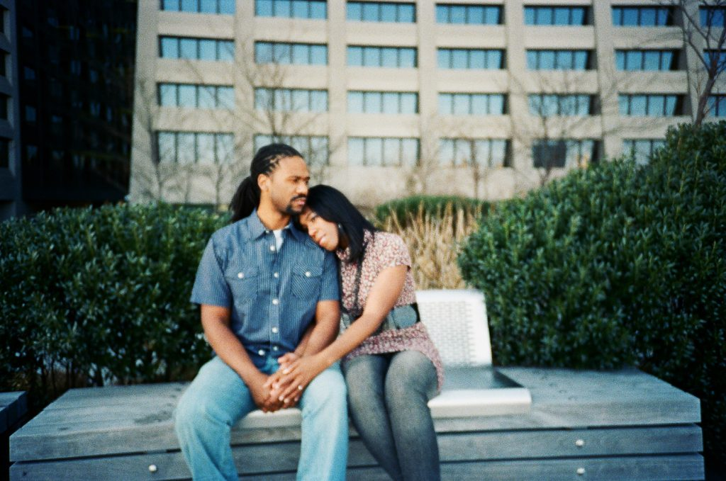 analog south street seaport engagement session by wendy g photography