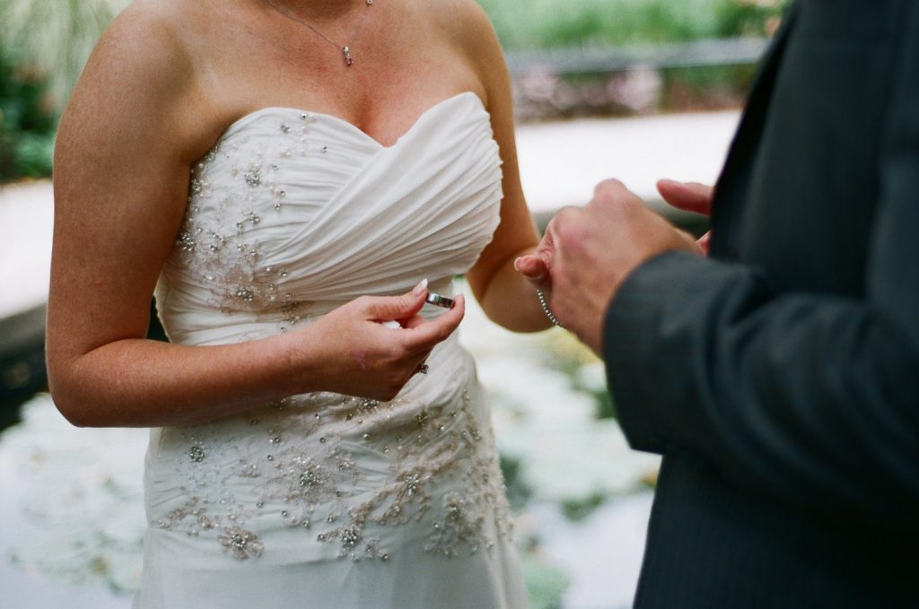 nyc conservatory garden ring exchange wedding photo by wendy g photography