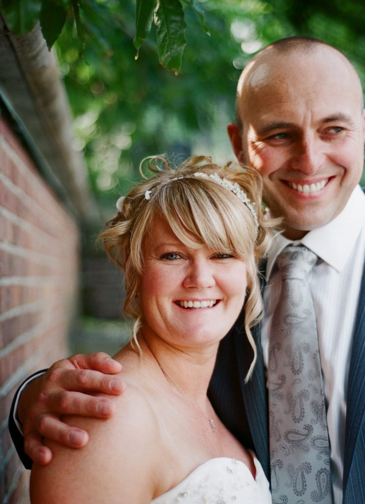 nyc conservatory garden wedding couple smiling photo by wendy g photography