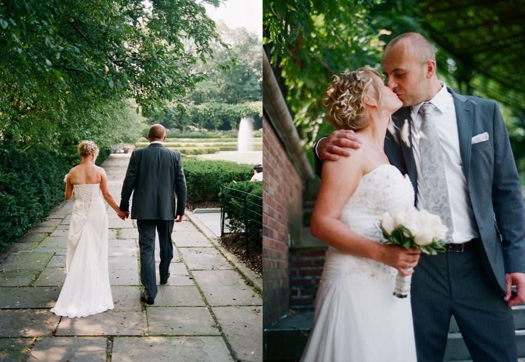 nyc conservatory garden wedding couple kissing photo by wendy g photography