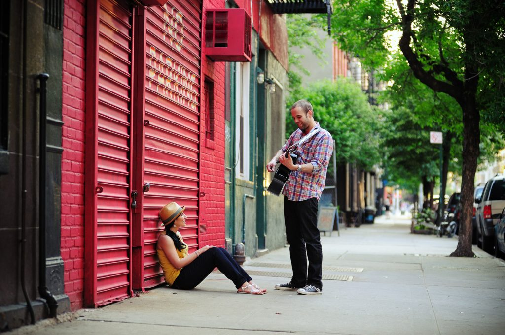 lower east side new york city engagement portraits by wendy g photography