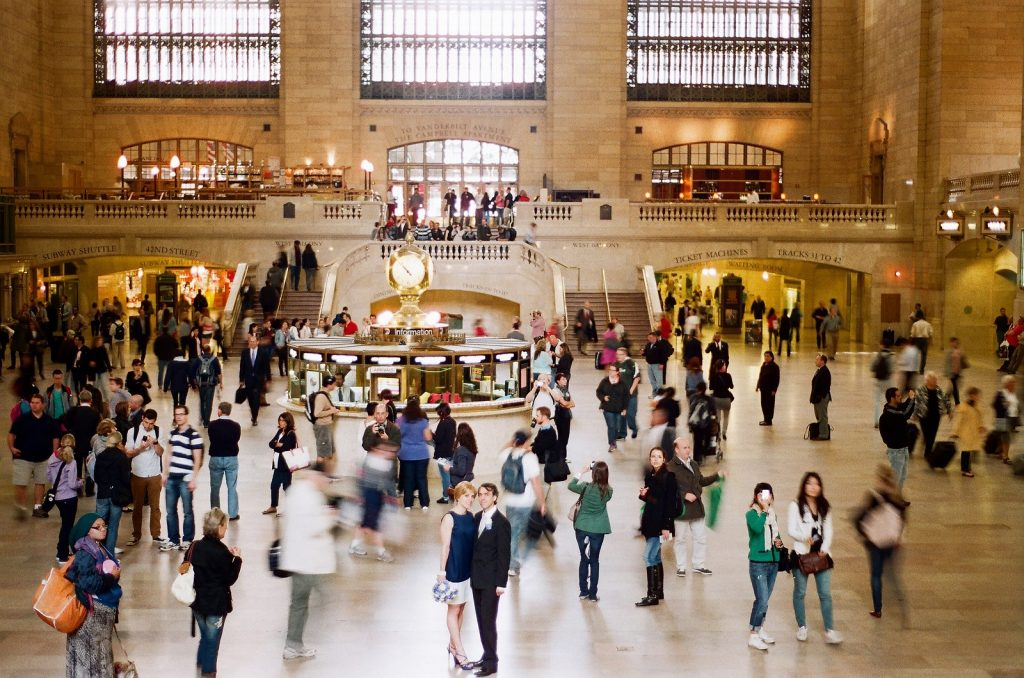 ny city hall wedding portraits in grand central by wendy g photography