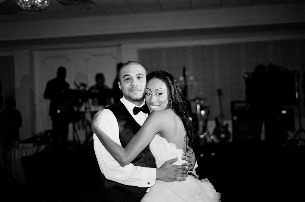 wedding couple dancing reception